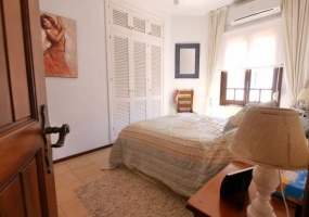 Spain, 2 Bedrooms Bedrooms, ,2 BathroomsBathrooms,Apartment,Holiday Rentals,1012
