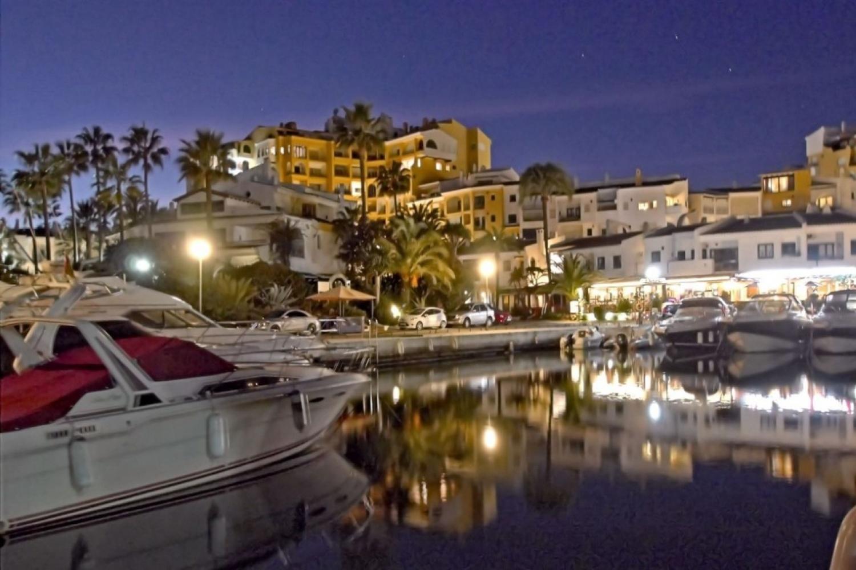 Cabopino, malaga, Spain 29604, 2 Bedrooms Bedrooms, ,2 BathroomsBathrooms,Apartment,Holiday Rentals,1007